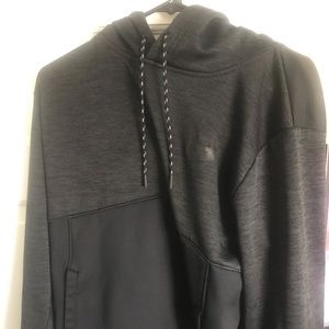 Under Armor dri fit pull over hoodie size large